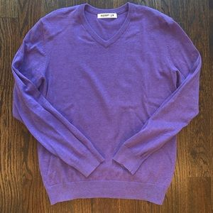 Men's Classic V-Neck Sweater Sz. M